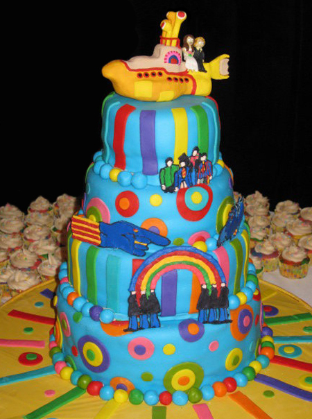 The Beatles Yellow Submarine wedding cake was created by deviantART user