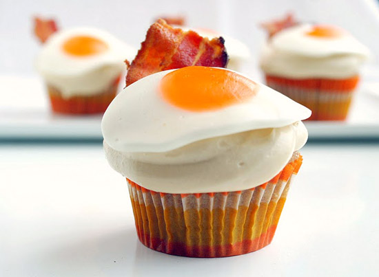 Pancake, Bacon and Egg Cupcakes | Foodiggity