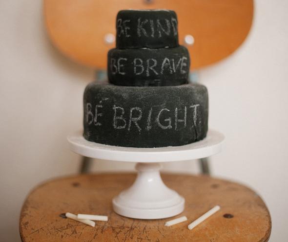 chalkboad-cake-1