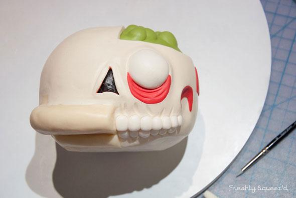 ralph-wiggum-cutout-cake-3