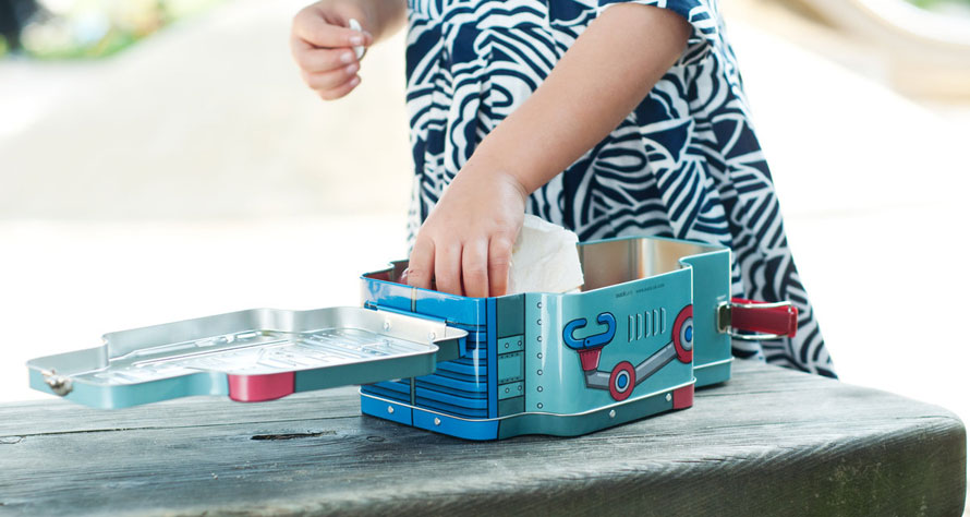 44107_robot-lunchbox-life-kid-09