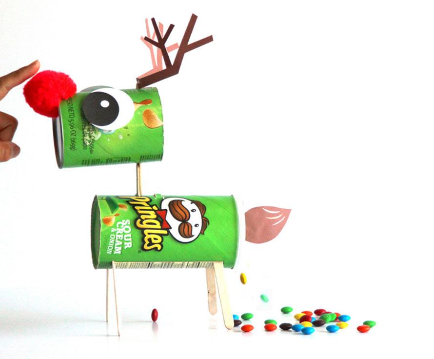 make-candy-pooping-reindeer-apieceofrainbowblog-1