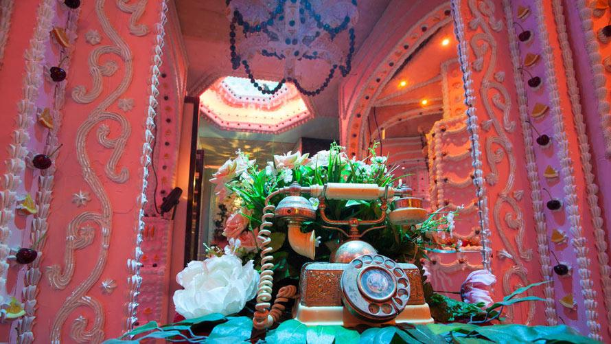 la-photos-the-cake-castle-at-l-a-s-think-tank6