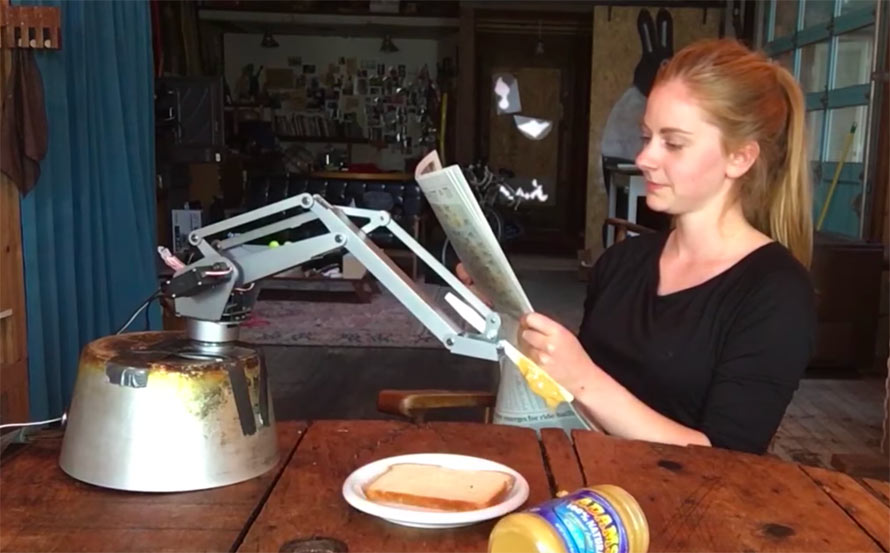 sandwich-robot